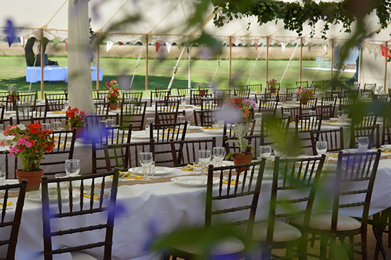 traditional marquee with mahogany chiavari chairs